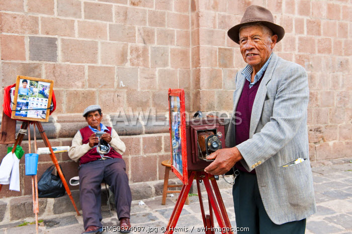 Peru, Cuzco Province, Cuzco, listed as World Heritage by UNESCO, photographers on the square of San Francisco Church