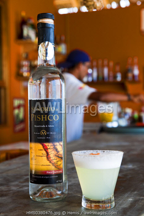 Peru, Piura Province, Mancora, pisco sour, the National Peruvian beverage and Ernest Hemingway's favorite cocktail