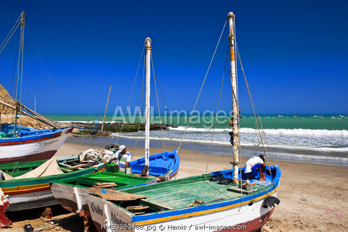 Peru, Piura Province, Cabo Blanco where Ernest Hemingway stayed during the filming of The Old Man and the Sea, fishing boats on the beach