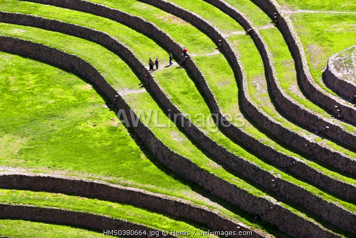 Peru, Cuzco Province, Sacred Valley of the Incas, Inca archeological site of Moray, served as agricultural research center, the big amphitheater and its circular terraces