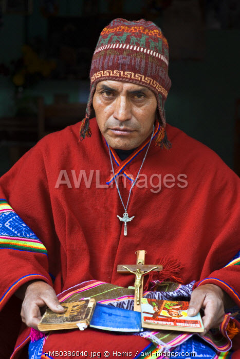 awl-images.com - Peru / Peru, Cuzco Province, Huasao, Pablo, shaman (curandero) officiating in the village, listed as mystical touristic village