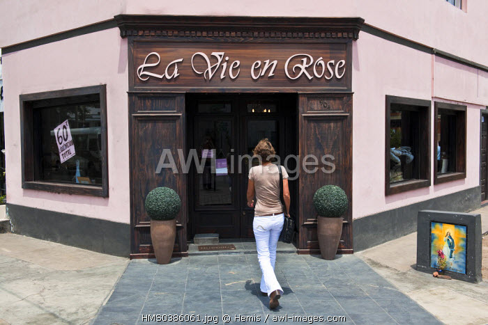 Peru, Lima, historic centre listed as World Heritage by UNESCO, district of Barranco, la Vie en Rose, store decor items French