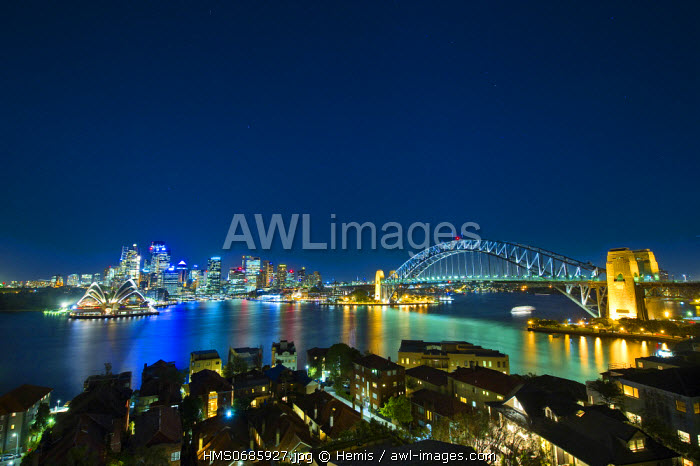 Australia, New South Wales, Sydney, The Sydney Opera House by the architec J�rn Utzon listed World Heritage by UNESCO and the the bay of Circular Quay