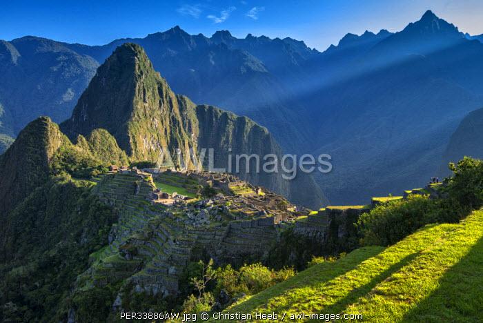 South America, Peru, Urubamba Province, Machu Picchu, UNESCO World Heritage site
