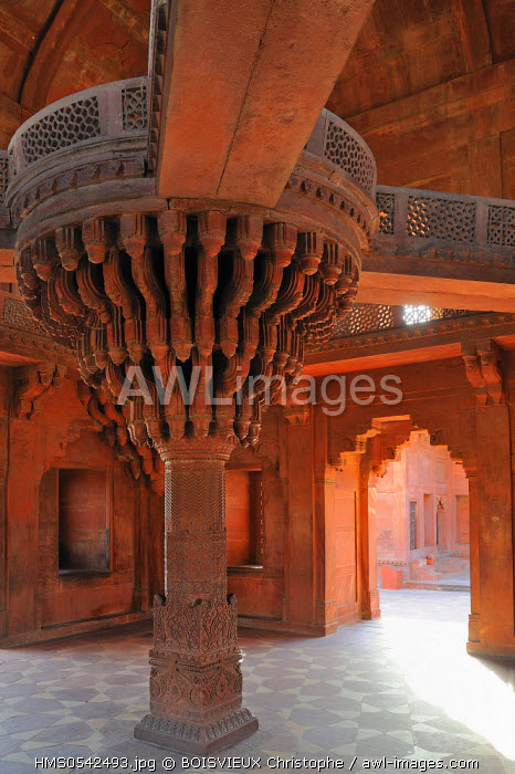 India, Uttar Pradesh State, Fatehpur Sikri, former Mughal capital city, listed as World Heritage by UNESCO, Diwan I Khas (hearings private room) also called Jewel House