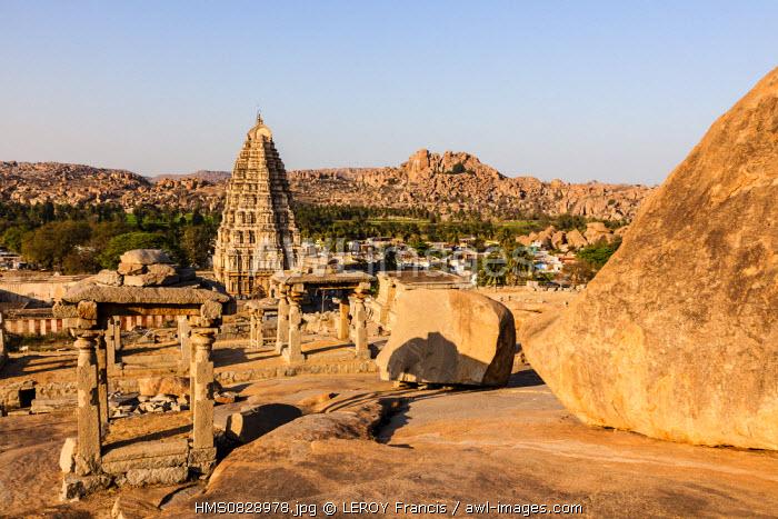 India, Karnataka state, Hampi, Virupaksha (Shiva avatar) temple, listed as World Heritage by UNESCO