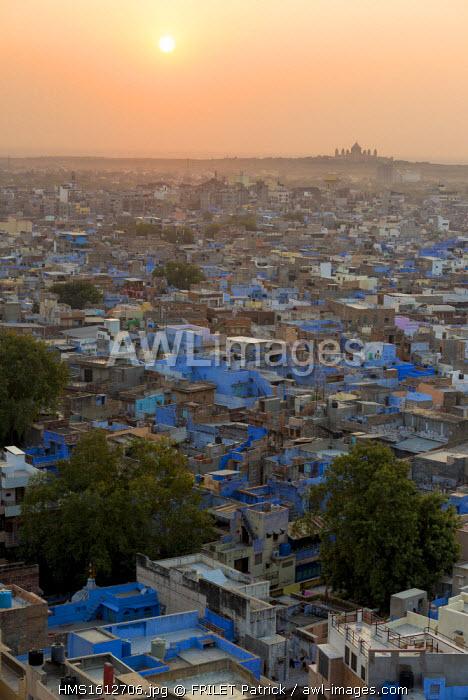 India, Rajasthan state, Jodhpur, Sunrise on the Umaid Bawan Palace, the palace of the Maharaja