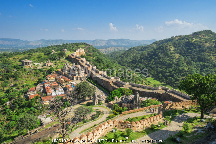 India, Rajasthan State, Kumbalgarh Fort in the Aravalli Range, built in the 15th century, ramparts 36km long