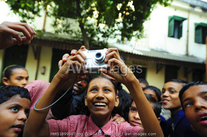India, West Bengal state, Kolkota, Art in All of Us activity, learning to take photographs