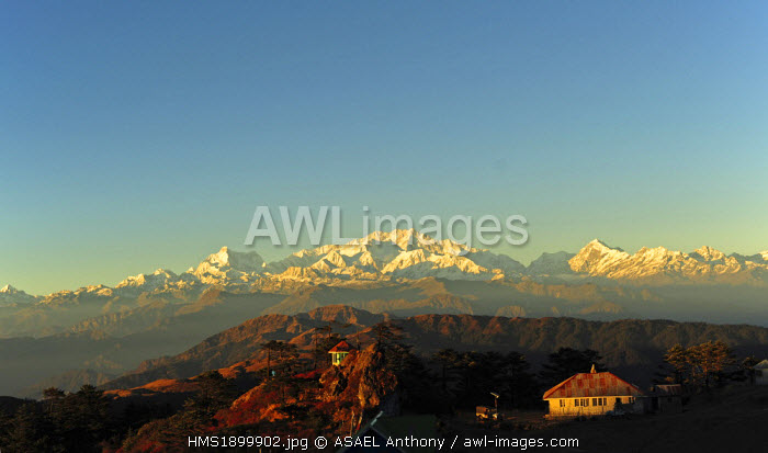 India, West Bengal state, Singalila National Park, Sandakfu, view on snowcapped Kangchenjunga