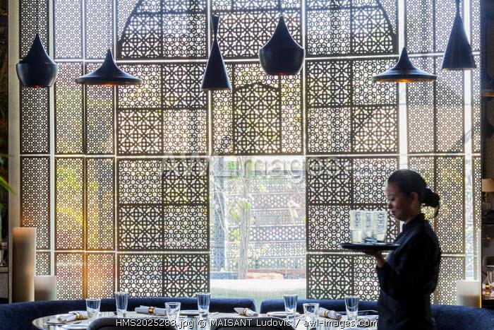 India, New Delhi, Vasant Kunj, luxury mall DLF Emporio, Kainoosh restaurant designed by the architectural firm Studio Lotus