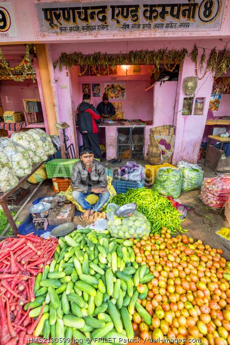 India, Rajasthan state, Jaipur, Chandi Ki Taksal vegetable market