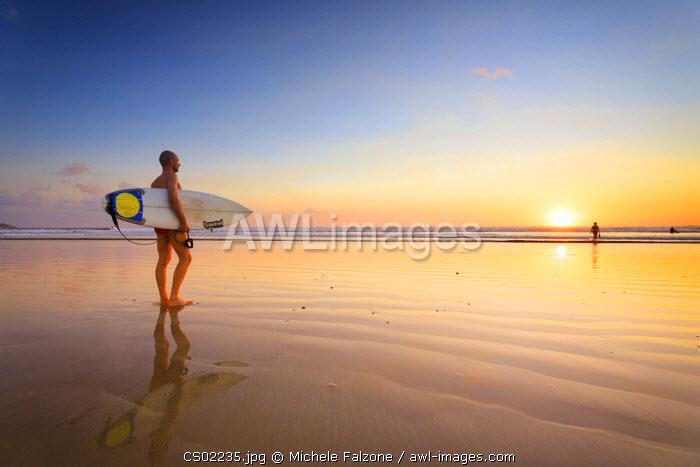 Costa Rica, Guanacaste, Nicoya Peninsula, Nosara, Playa Guiones (MR)