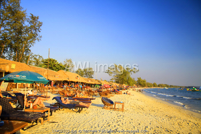 Cambodia, Sihanoukville, Serendipity Beach, Beach cafes