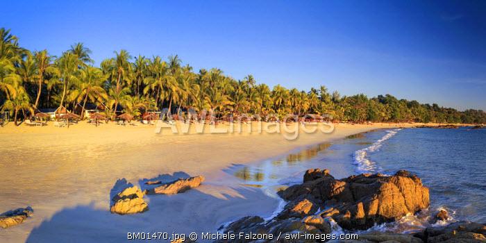 Myanmar (Burma), Rakhine State, Ngapali Beach