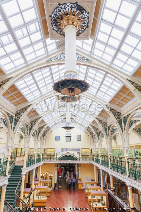 England, West Midlands, Birmingham, Birmingham Museum and Art Gallery, Interior View