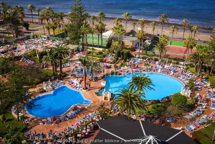 Spain, Canary Islands, Tenerife, Playa de Las Americas, H10 Las Palmeras Hotel, elevated pool view