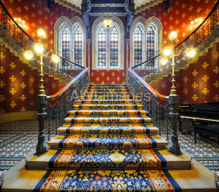 Europe, United Kingdom, England, Middlesex, London, St Pancras Hotel, Grand Staircase