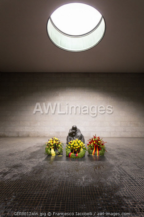 Germany, Deutschland. Berlin. Berlin Mitte.The Neue Wache (New Guard House) build by Schinkel now the Central Memorial of the Federal Republic of Germany for the Victims of War and Tyranny