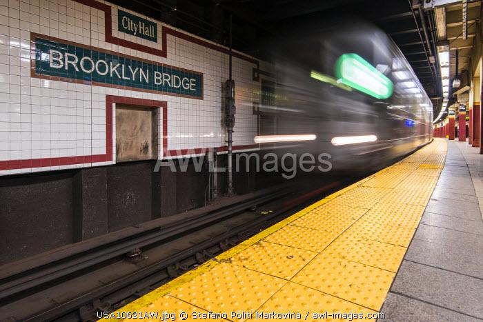 Brooklyn Bridge subway station, Manhattan, New York, USA