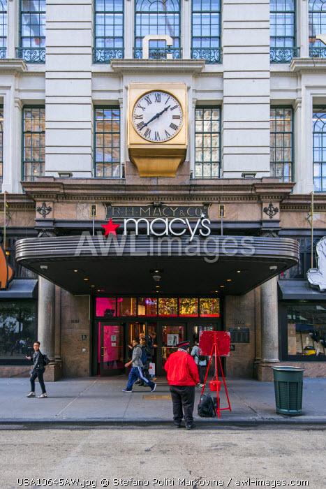 Macy�s department store, Herald Square, Manhattan, New York, USA