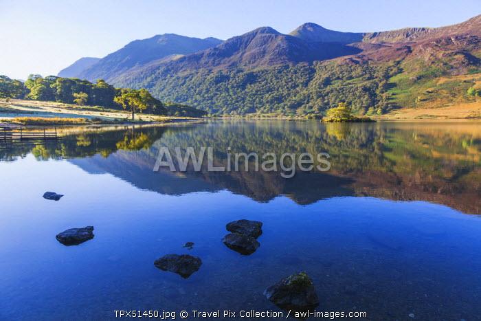 England, Cumbria, Lake District, Crummockwater