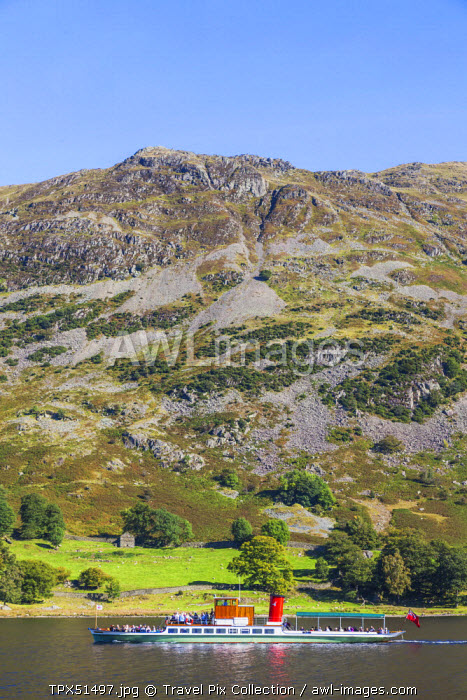 England, Cumbria, Lake District, Ullswater, Excursion Steamboat