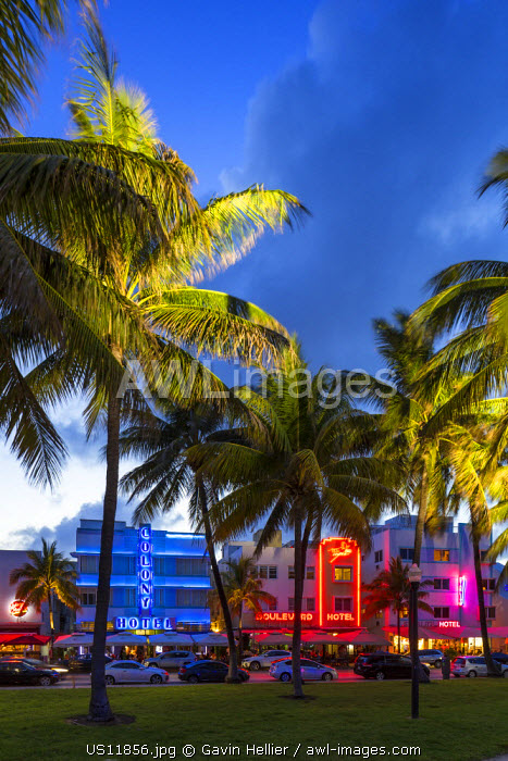 Art deco district, Ocean Drive, South Beach, Miami Beach, Miami, Florida, USA