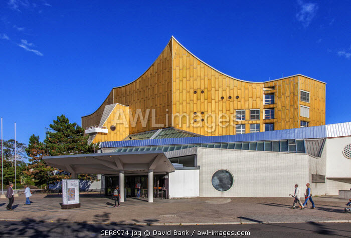 The Berliner Philharmonie is a concert hall in Berlin, Germany. Home to the Berlin Philharmonic Orchestra, the building is acclaimed for both its acoustics and its architecture.