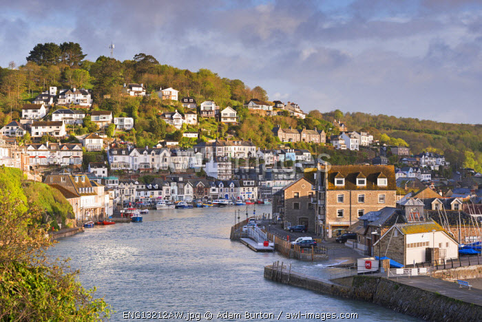 awl-images.com - England / The Cornish fishing town of Looe in the morning sunshine, Cornwall, England. Spring (May) 2015.