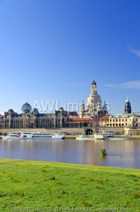 awl-images.com - Germany / Bruehl's Terrace and Frauenkirche church, seen across the river Elbe, Dresden, Saxony, Germany