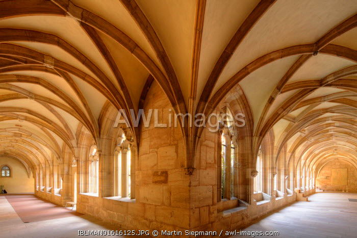 awl-images.com - Germany / Cloister in Langenzenn, Middle Franconia, Franconia, Bavaria, Germany
