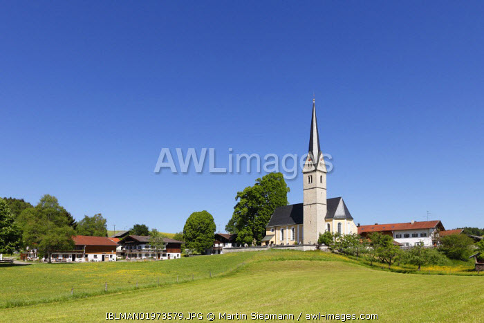 awl-images.com - Germany / Reichersdorf, Irschenberg district, Oberland, Upper Bavaria, Bavaria, Germany