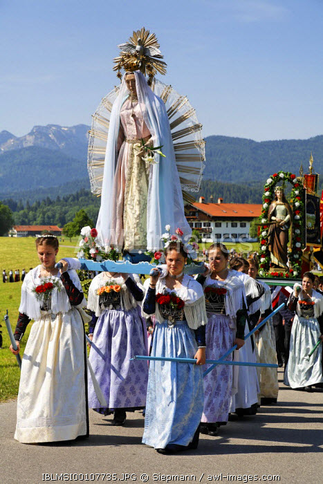 awl-images.com - Germany / Feast of Corpus Christi procession Wackersberg Upper Bavaria Germany
