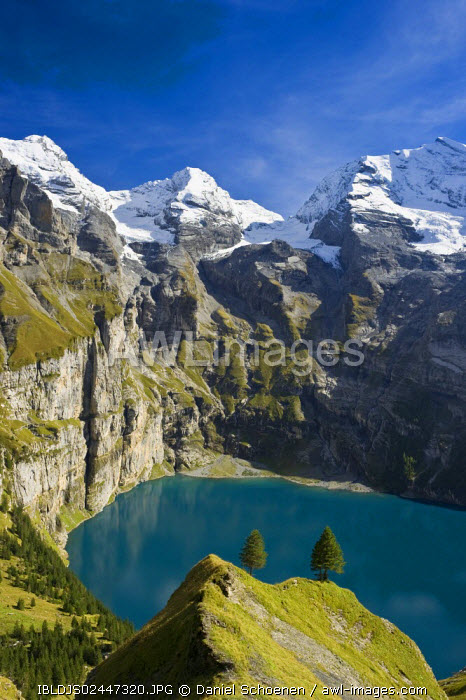 awl-images.com - Switzerland / Oeschinensee, Oeschinen Lake, Bernese Oberland, Canton of Bern, Switzerland