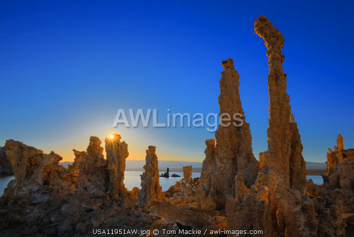 Tufa Formations at Sunset, Mono Lake, California, USA
