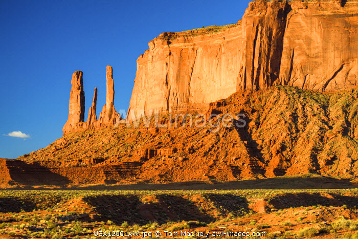 Three Sisters Butte, Monument Valley Tribal Park, Arizona, USA
