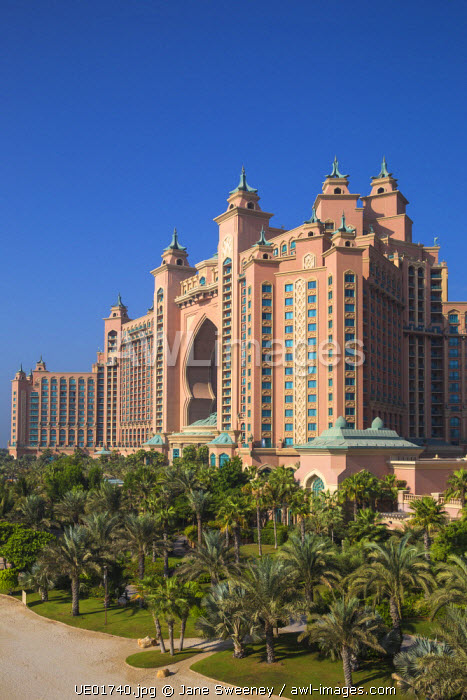 United Arab Emirates, Dubai, Palm Jumeirah island, Atlantis the Palm