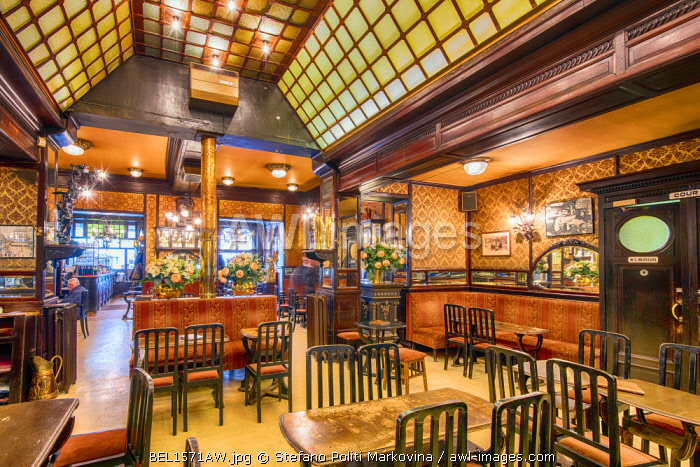 Interior view of the dated 19th century Le Cirio cafe, Brussels, Belgium