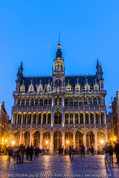 Night view of Maison du Roi building, Grand Place, Brussels, Belgium