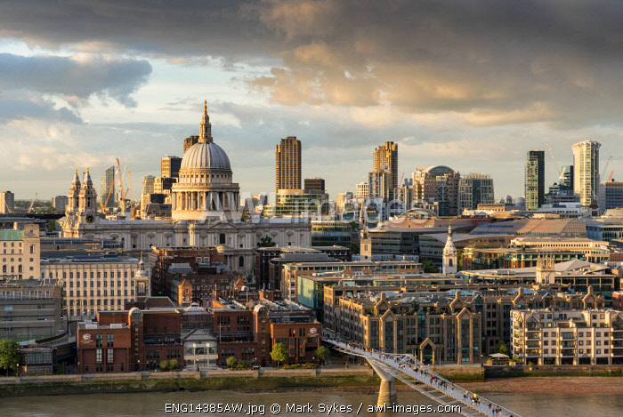 Europe,United Kingdom, England, London, Skyline