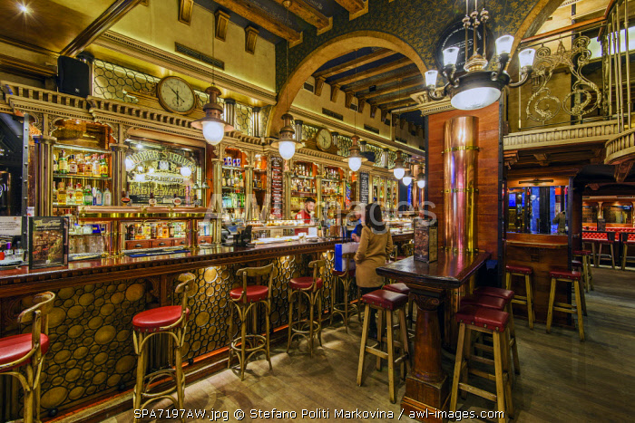 Historic bar in the Gothic Quarter or Barrio Gotico, Barcelona, Catalonia, Spain