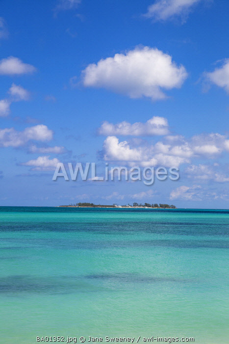 Caribbean, Bahamas, Providence Island, Nassau, Island off Sandyport Beach