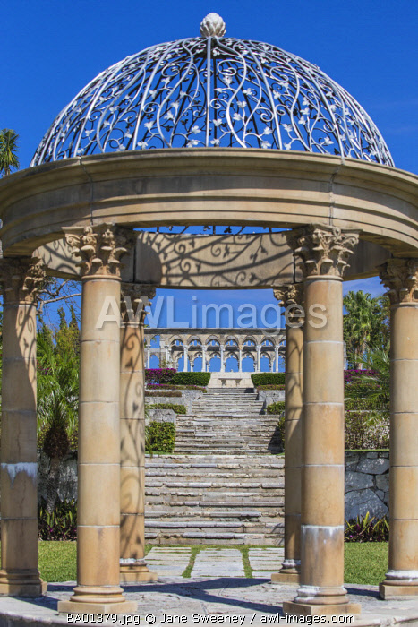Caribbean, Bahamas, Nassau, Paradise Island, Versailles Gardens and Cloisters