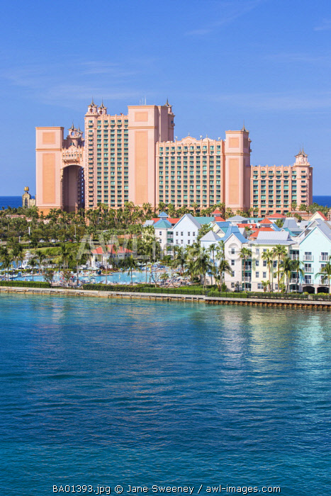 Caribbean, Bahamas, Nassau, Paradise Island, Atlantis resort and Harborside Resort