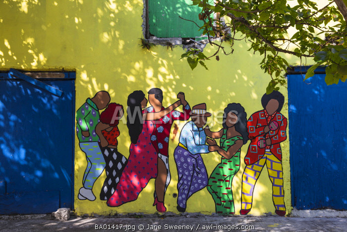 Caribbean, Bahamas, Providence Island, Nassau, Wall painting on derelict building,