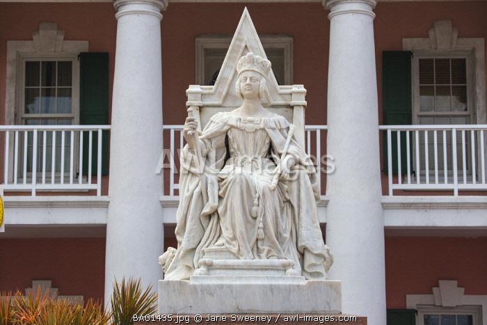 Caribbean, Bahamas, Providence Island, Nassau, Parliament Square, Parliament House, Queen Victoria's Statue