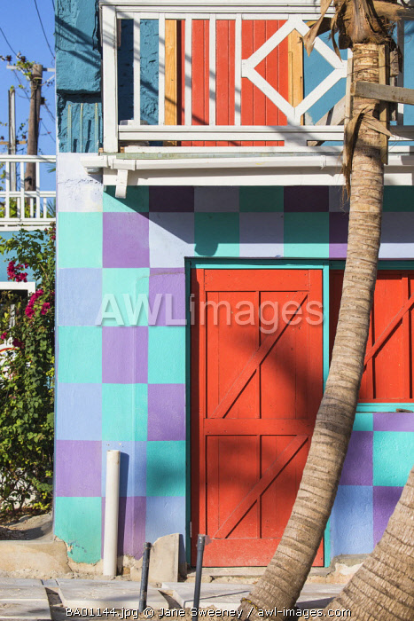 Caribbean, Bahamas, Providence Island, Nassau, Colourful building in the Heritage village