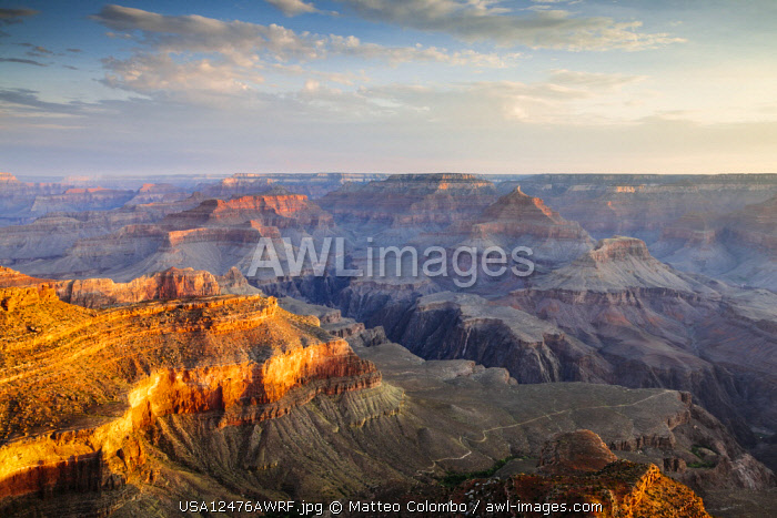 Sunrise over Yavapai Point, South Rim, Grand Canyon National Park, Arizona, USA