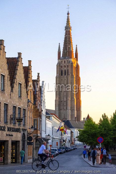Belgium, West Flanders (Vlaanderen), Bruges (Brugge). Church of Our Lady, Onze-Lieve-Vrouwekerk, at sunset.